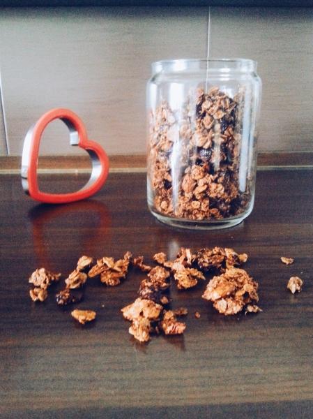almond multigrain granola