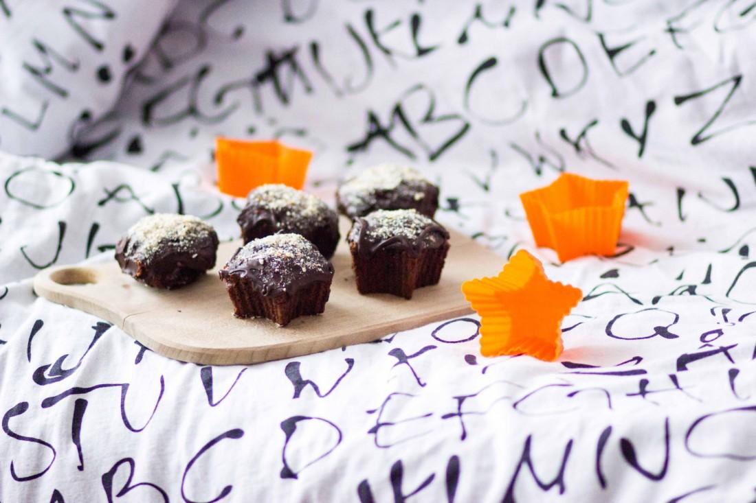 star shaped muffins