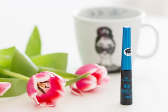 essence_dip_eyeliner-1